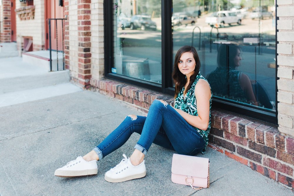 "<img src= five-summer-pieces-to-have-in-your-closet.jpg"" alt= ""denver-fashion-blogger-wearing-summer-essential-pieces-to-have-in-your-closet-bold-patterned-tank-top-blouse-white-espadrille-platform-sneakers-ag-adriano-goldschmied-11-year-swapmeet-distressed-skinny-jeans-light-pink-chloe-faye-dupe-bag"">"