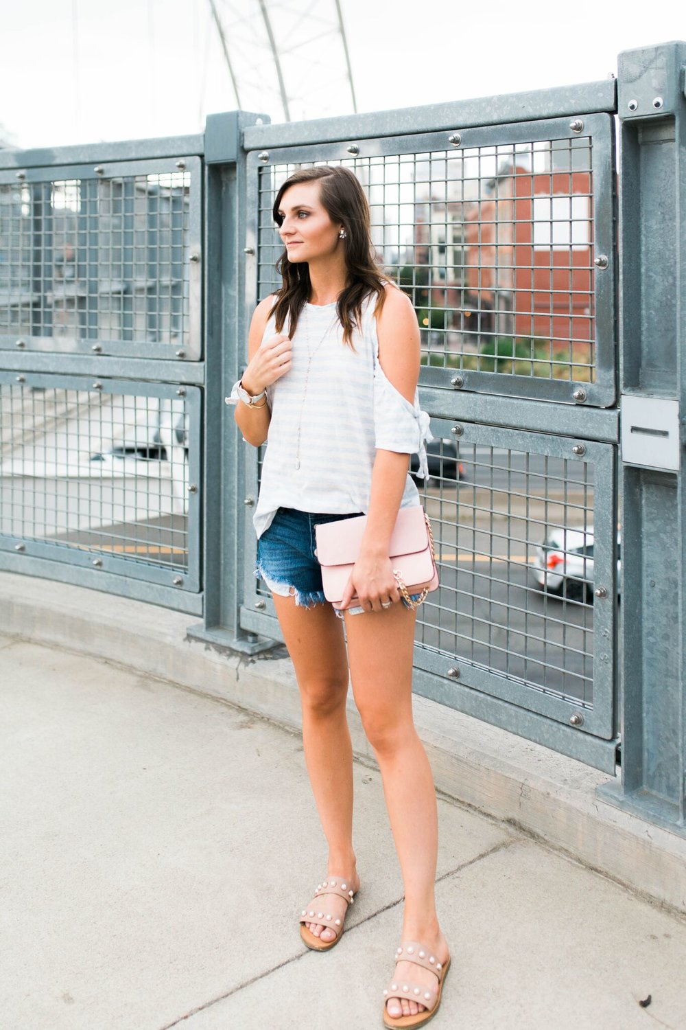 """<img src =""""five-summer-pieces-to-have-in-your-closet.jpg. alt="""" fashion-blogger-styling-summer-pieces-to-have-in-your-closet-denim-cut-off-shorts-cold-shoulder-tee-and-steve-madden-jole-pearl-sandals"""">"""