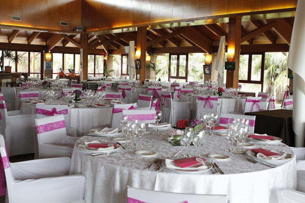 wedding-banquet-230196.jpg