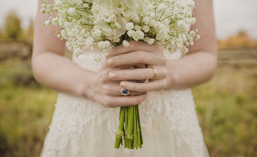 grand_teton_bouquet_weddding_ring.jpg