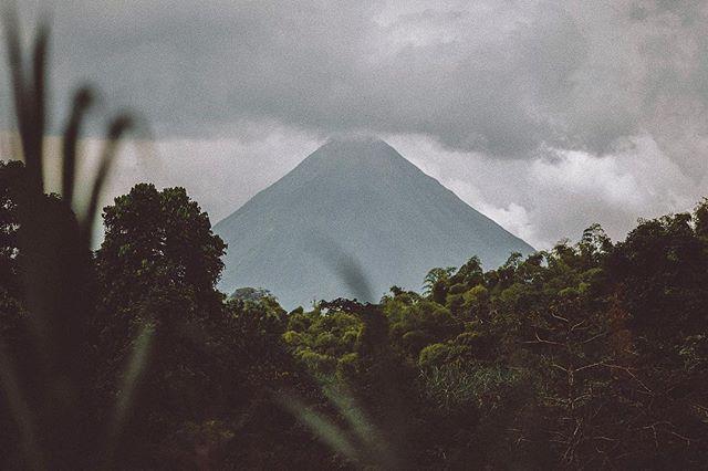 Arenal Volcano, Costa Rica 🇨🇷 . ... ……… #instatravel #wanderlust #volcano #exploretheplanet #aman #amancostarica #costarica