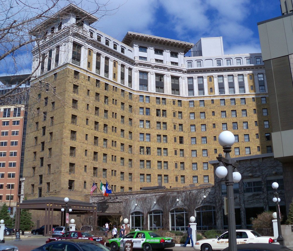The_St._Paul_Hotel_5.jpg