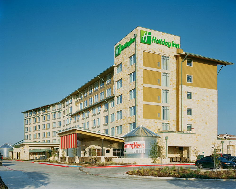 Holiday Inn SA 015.jpg