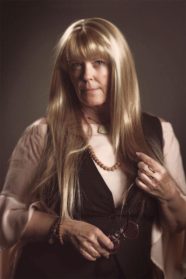 Kathy Rex as Ellery Chase
