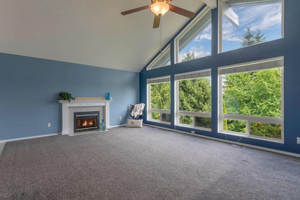 12203 28th PL NE Living Room.jpg