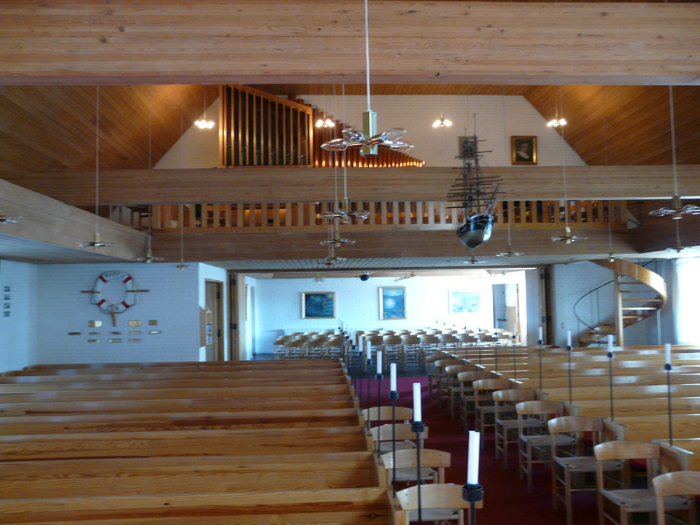 organ and choir balcony