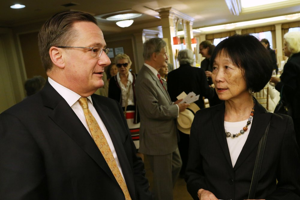 Fred Larsen, Pauline Yu