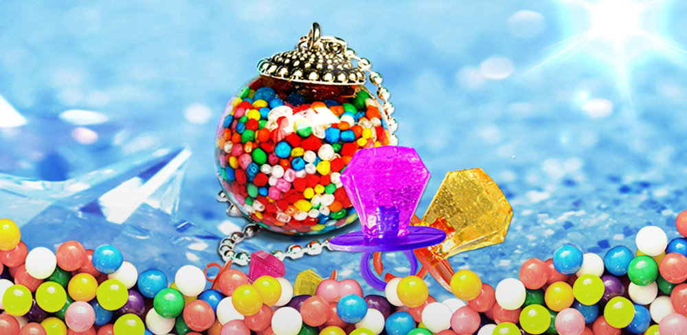 Candy Jewelry - Free  Design your accessories and make them with candies! Put them on & have a taste!