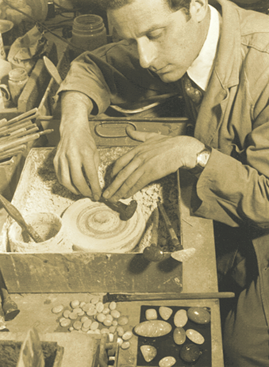 John Altmann cutting and polishing fine gem opals - 1954