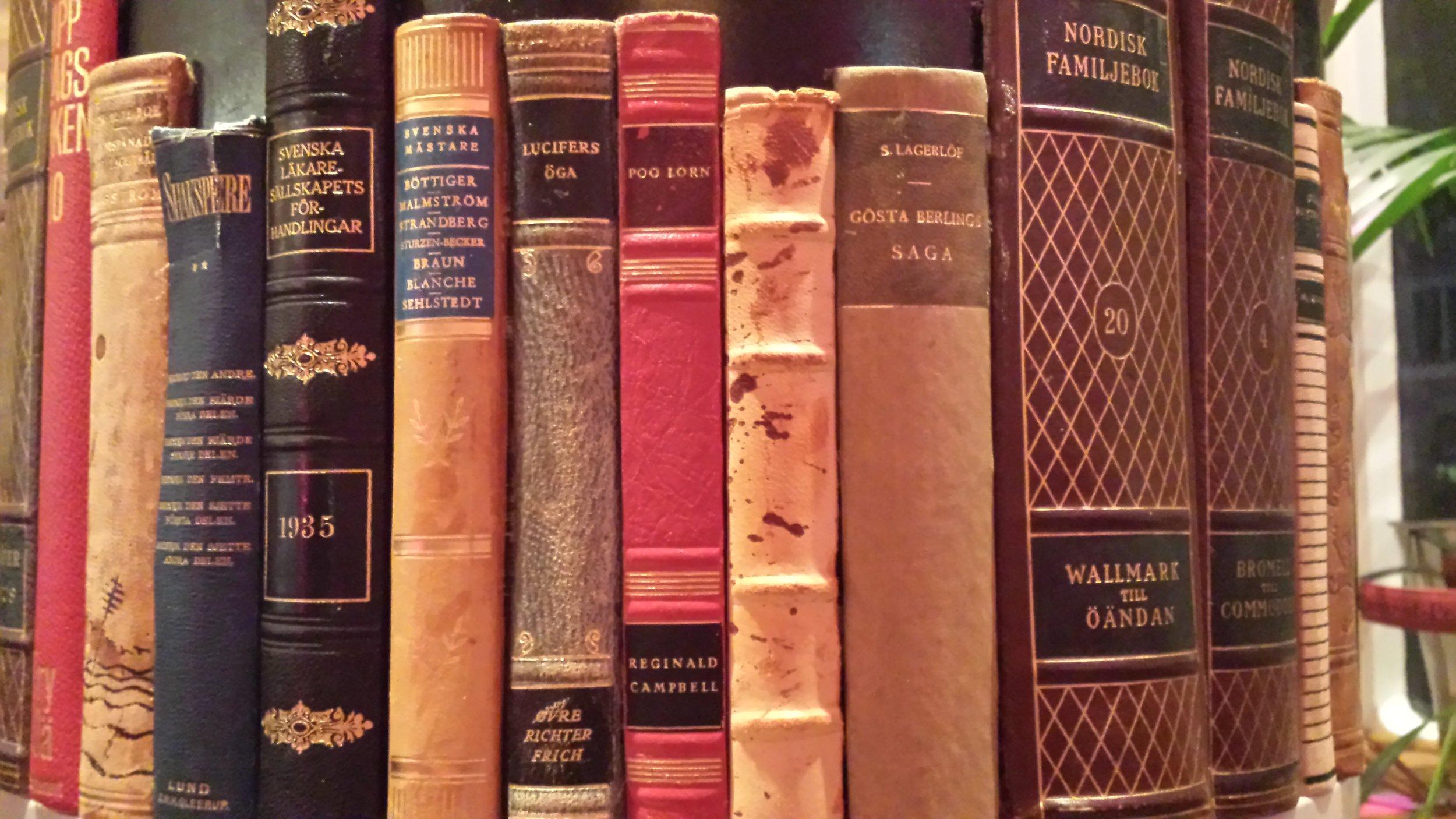Books_backcovers