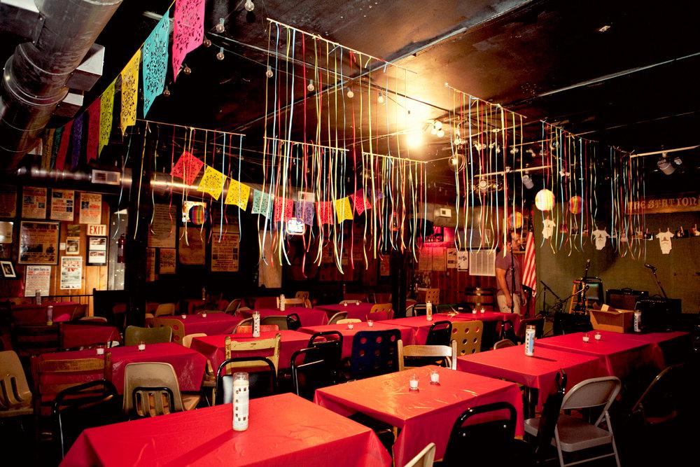Inside-The-Station-Inn shot