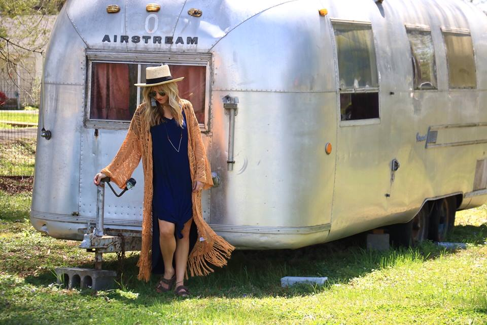 Lori Lickliter Leigh Nants Airstream Fashion