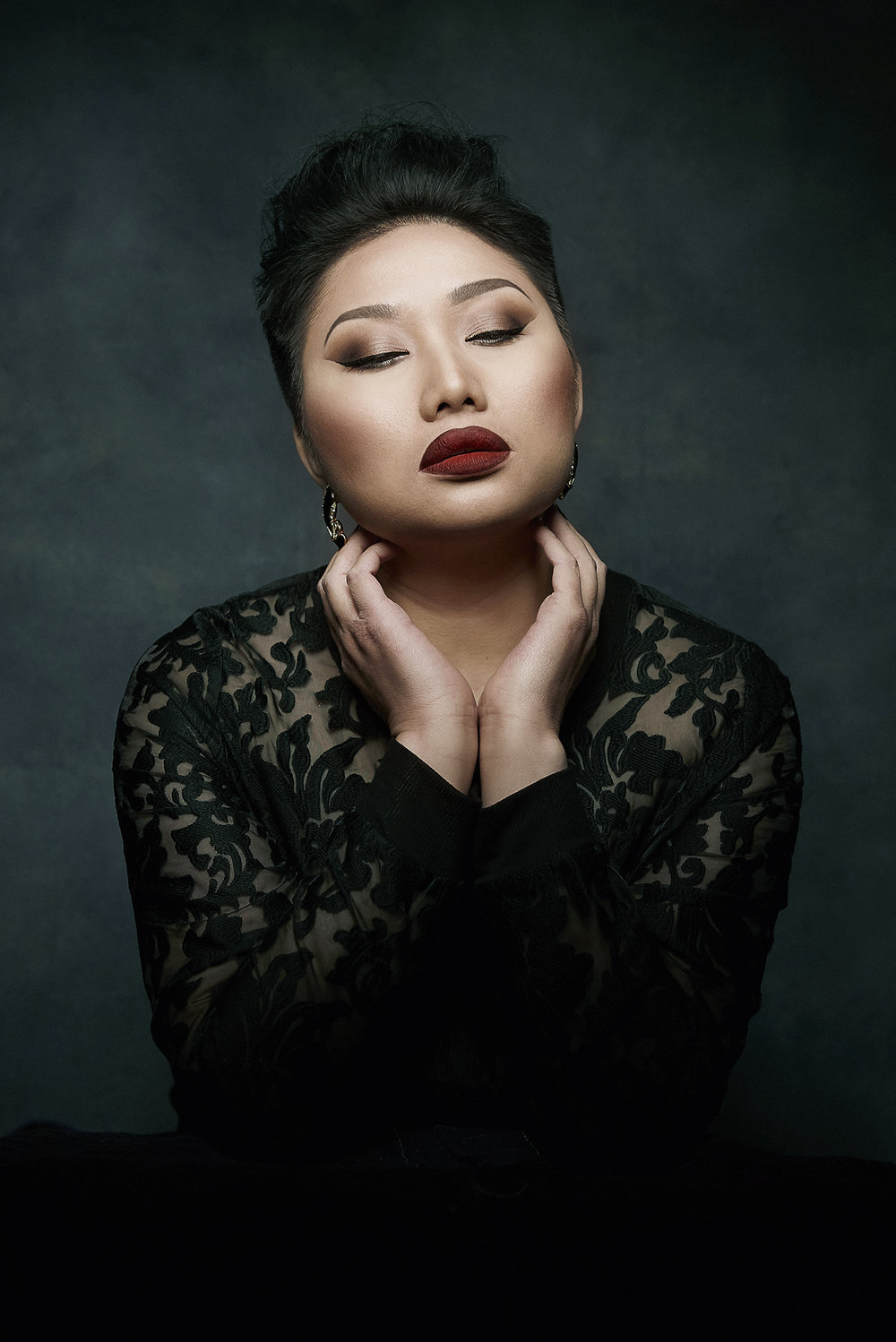 Pagnia Xiong - Hmong American singer/songwriter