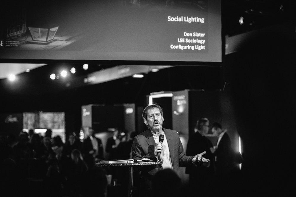 Illan toinen keynote-puhuja Don Slater. © VILLE MALJA