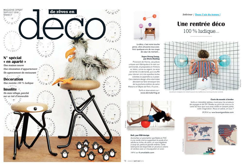 """""""Une rentrée deco.  100% ludique. Super Strong Lamp par  DORIS DARLING . Provenant de Vienne, ses pièces uniques sont fabriquées à la main et proposées en finitions different. Le verre est teinté à la demande, puis soufflé pour donner vie à superbes bulles colorées à suspendre ou à poser…."""" Merci. Thank you DECO Magazine France 2018! :-)"""
