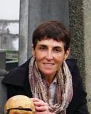 Dr Sarah Tarlow