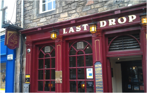The Last Drop pub, located in Edinburgh's Grassmarket. Photographed by author 2013.