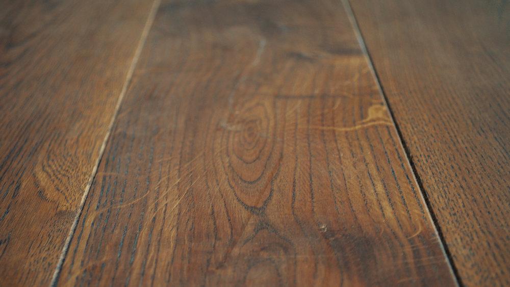 Cinzento Oak Brasil