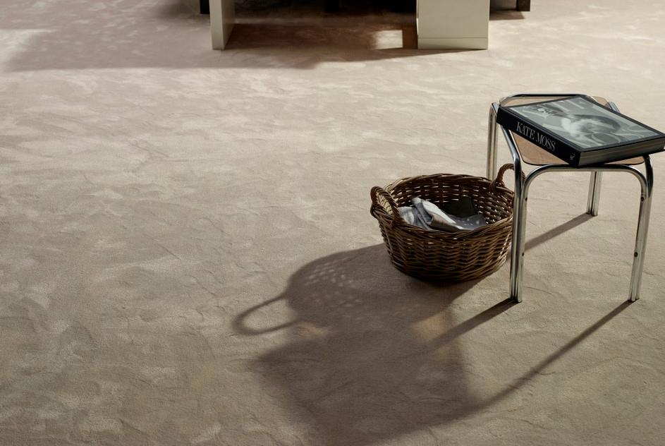 Chablis - Mjuk, tät normaltjock Frisé-matta i konstsilke.Vi lagerhåller fyra olika nyanser ur denna kollektion.