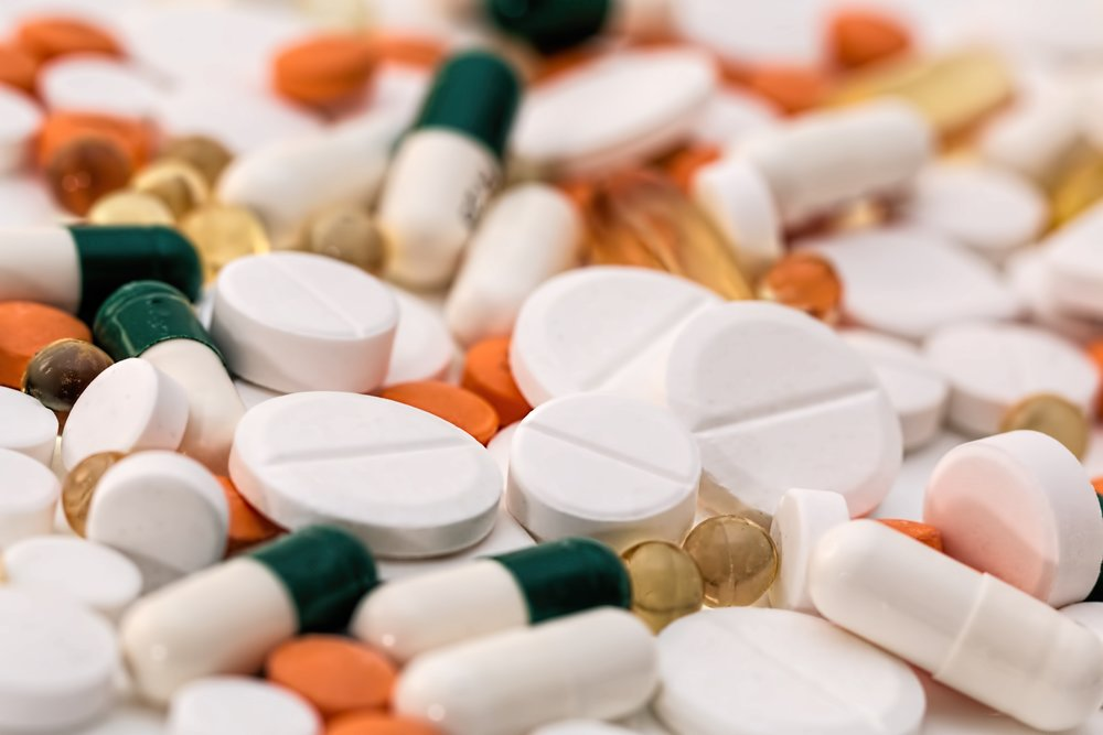 """1 million people each year die from counterfeit drugs"" -"