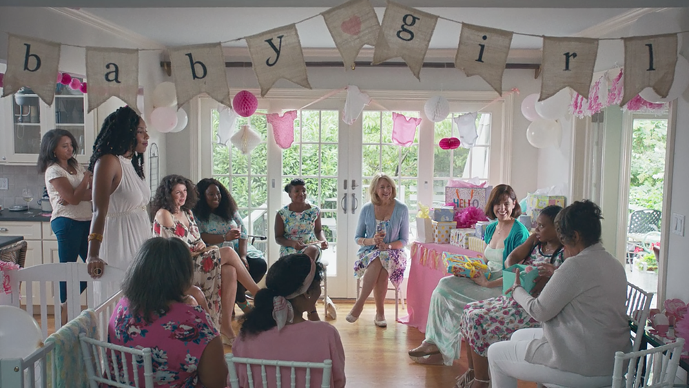 Jessica James visiting her parents' home, for her sister's baby shower   (Screengrab)