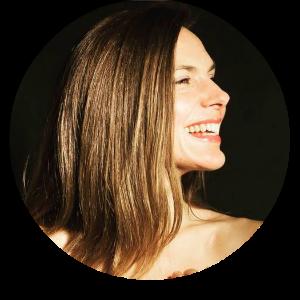Caitlin Testimonials Headshot.png