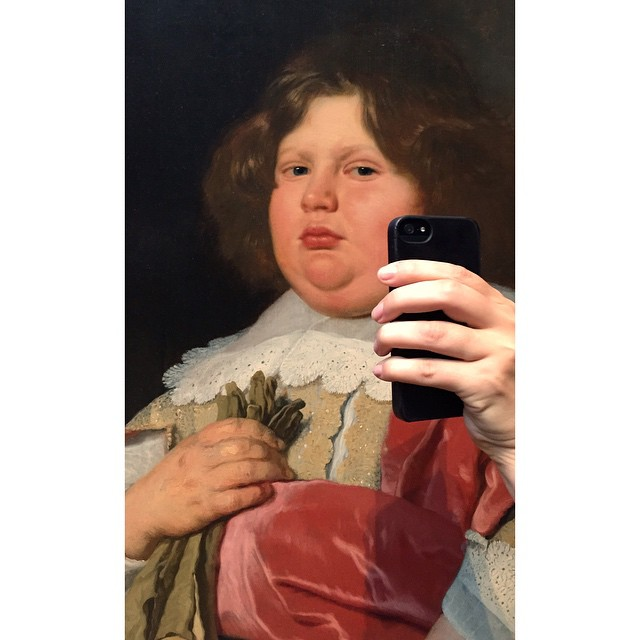 Instagram user Museum of Selfies parodies self-portraiture by holding phones up to paintings as if to take a classic selfie