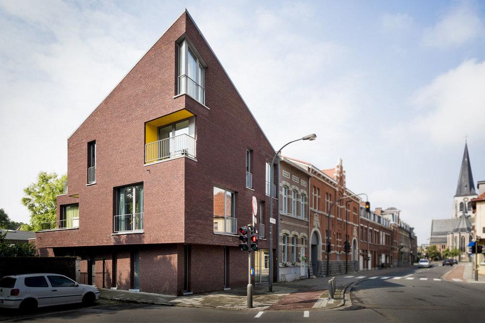 Appartementen en kantoor - Ekeren