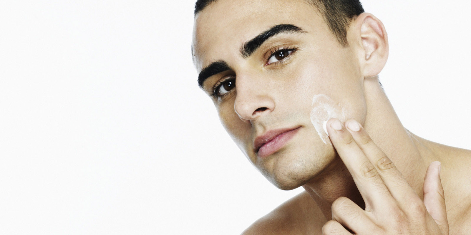 How-to-wash-cleanse-your-face-for-men