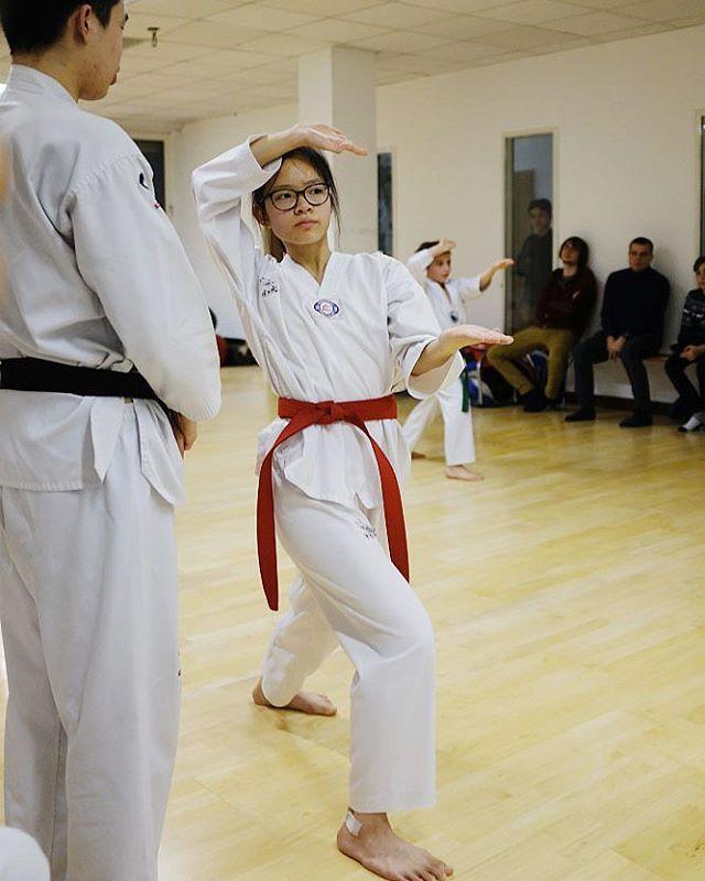 Bilder von der letzten Kup-Prüfung . . . #taekwondo #taeguk #taeguktaekwondo #wandsbek #hamburg #sportschule #kampfkunst #kampfsport #gürtelprüfung #kup #dan #korea #kukkiwon #tradition #martialarts #kiap #dobok #dojang #sports #exam #trainer #lehrer #sabomnim #poomsae #kampf #prüfung #kultur