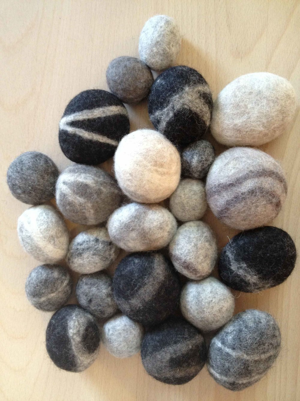 felted beach stones[1].jpg