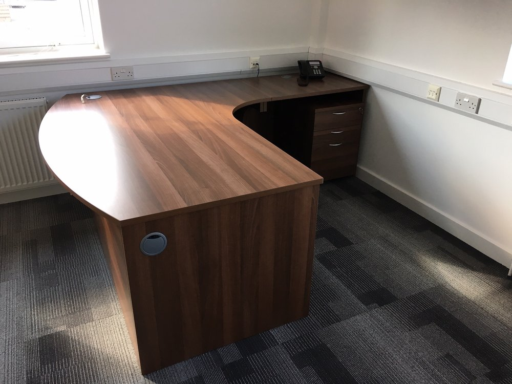 Office Furniture35.JPG