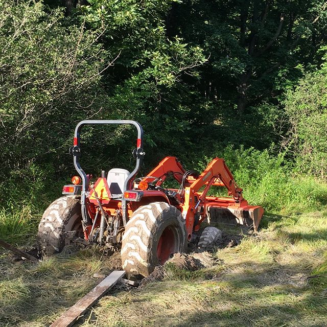 Hey @coghillfarm , we can empathize with unusually saturated ground (btw, great video too). This mess was from two springs ago. The pic was taking after spending  2 hours just getting the mower off. After another 2 hours, 40ft of chain, my truck, and assistance from a friendly neighbor, we finally got it out! . . . . . #greenerpasturespa #eatlocal #pafarm #familyfarm #pasturedmeat #knowyourfood #coghillfarm #goodliving #farmtotable #farmtofork #tractor #freerange #countryliving #stuck