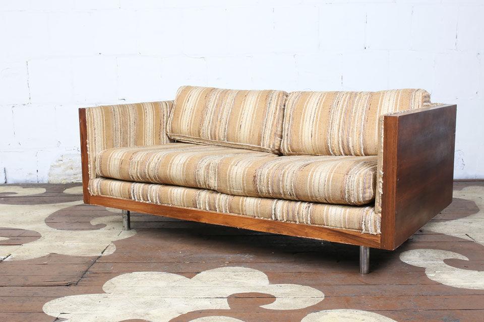 High Quality Milo Baughman Case Sofa