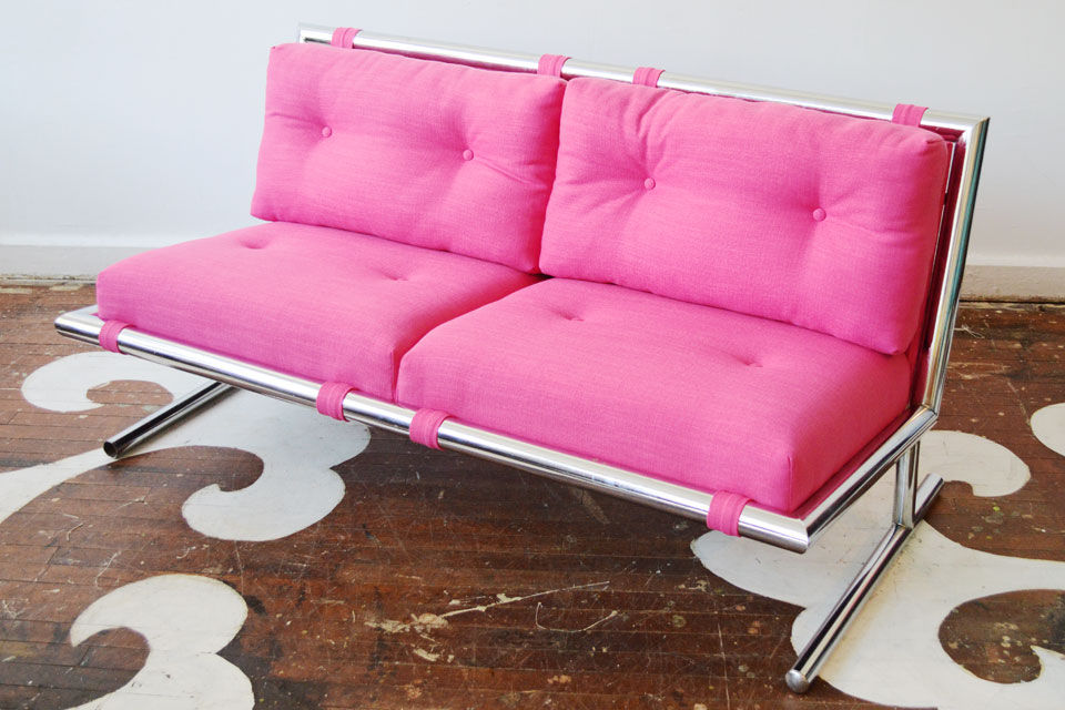 full_Chairloom_Chrome_GigHarbor_Sofa.jpg