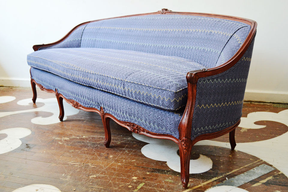 full_Chairloom_Dhurrie_Sofa.jpg