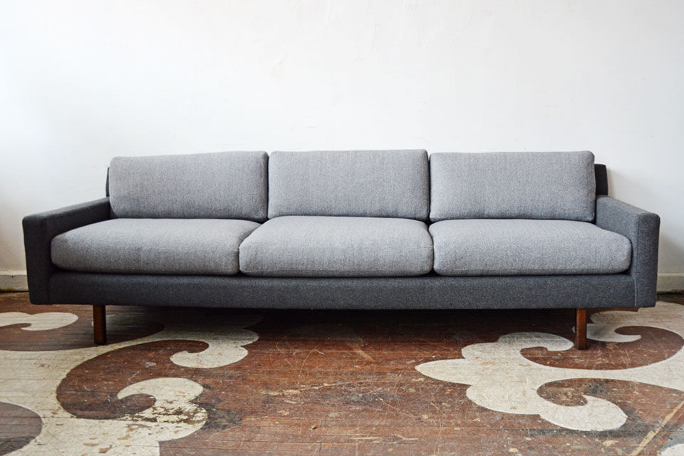 full_Chairloom_2Grey-Sofa.jpg