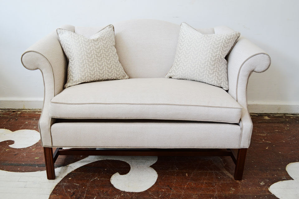 full_Chairloom_Metallic_Settee.jpg