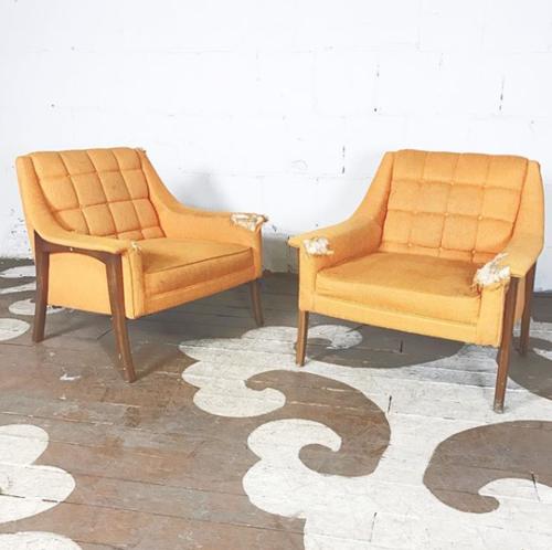 Pair Of Mid Century Modern Armchairs Chairloom