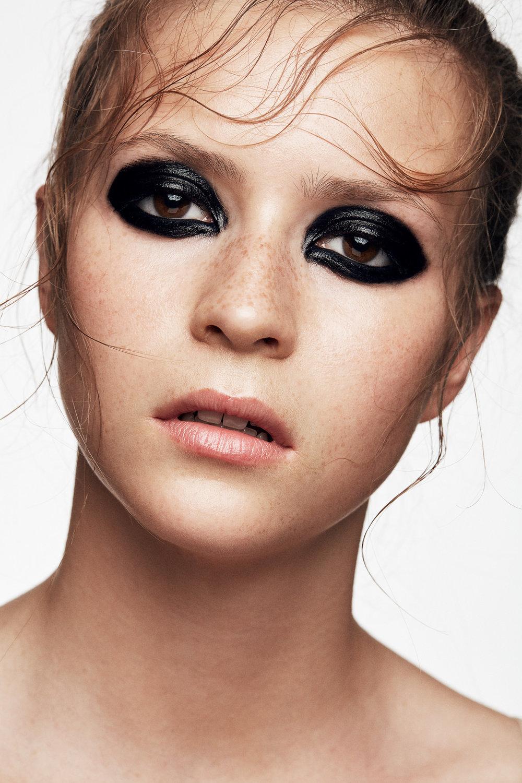 Kate_Makeup_02374.jpg