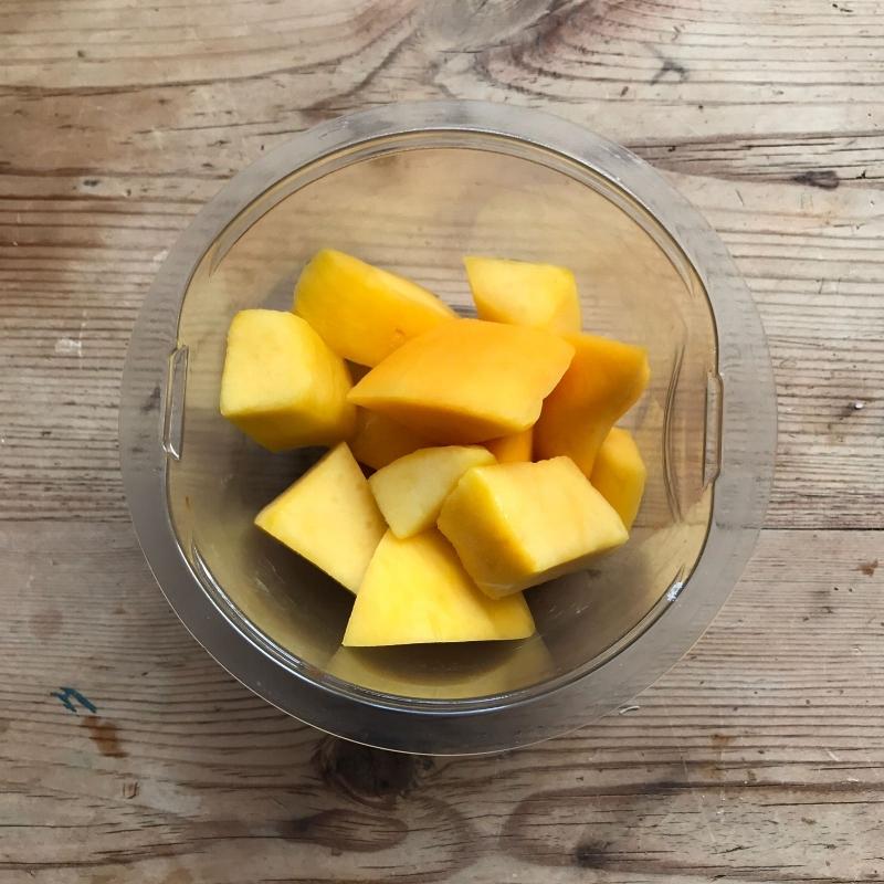 smoothie mango.jpeg