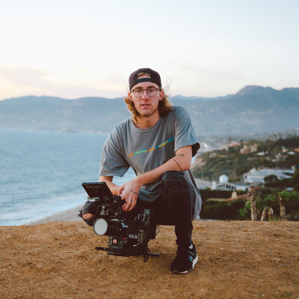film + photo + design // bj@strimeentertainment.com - Tour Experience as Photographer, Videographer, Tour Manager, Merchandise ManagerFilm Experience as Director, Director of Photography, Editor, Gaffer, Set PhotographerLocated in Los Angeles, California.Represented by Strime Entertainment.