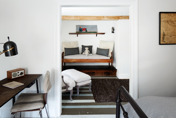 The Abigail Suite - cozy sitting bench and desk