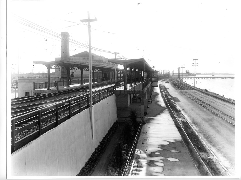 4tracks_looking south 1933.jpg