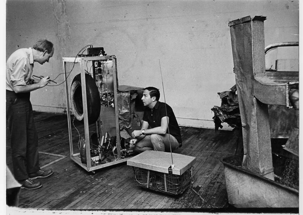 Experiments in Art and Technology - By Billy Kluver and Robert Rauschenberg