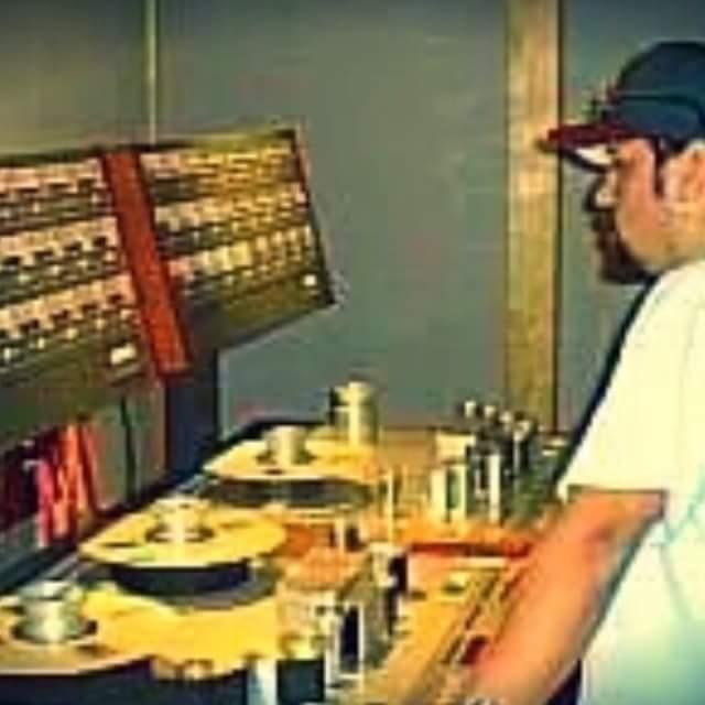 Look! Tape machines. Rumbo Recorders.