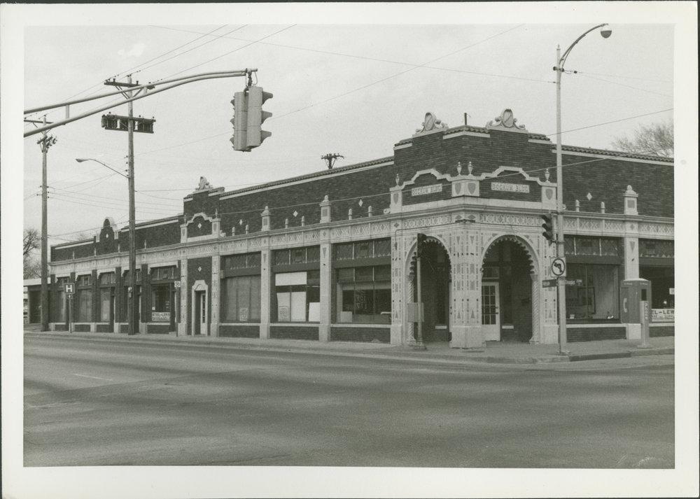 Dockum building Wichita KS.jpg