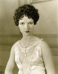 Louise in  Evening Clothes  (1927)