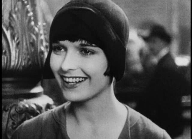 Louise Brooks in Prix de Beaute (1930)
