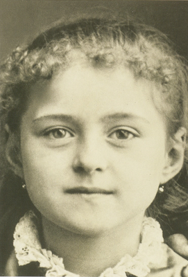 A young, sweet Saint Thérèse